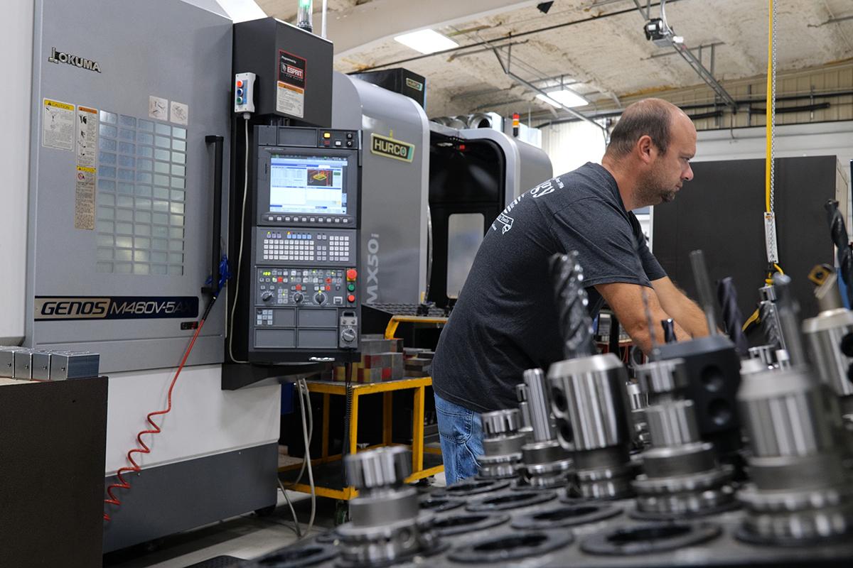CNC Milling Equipment