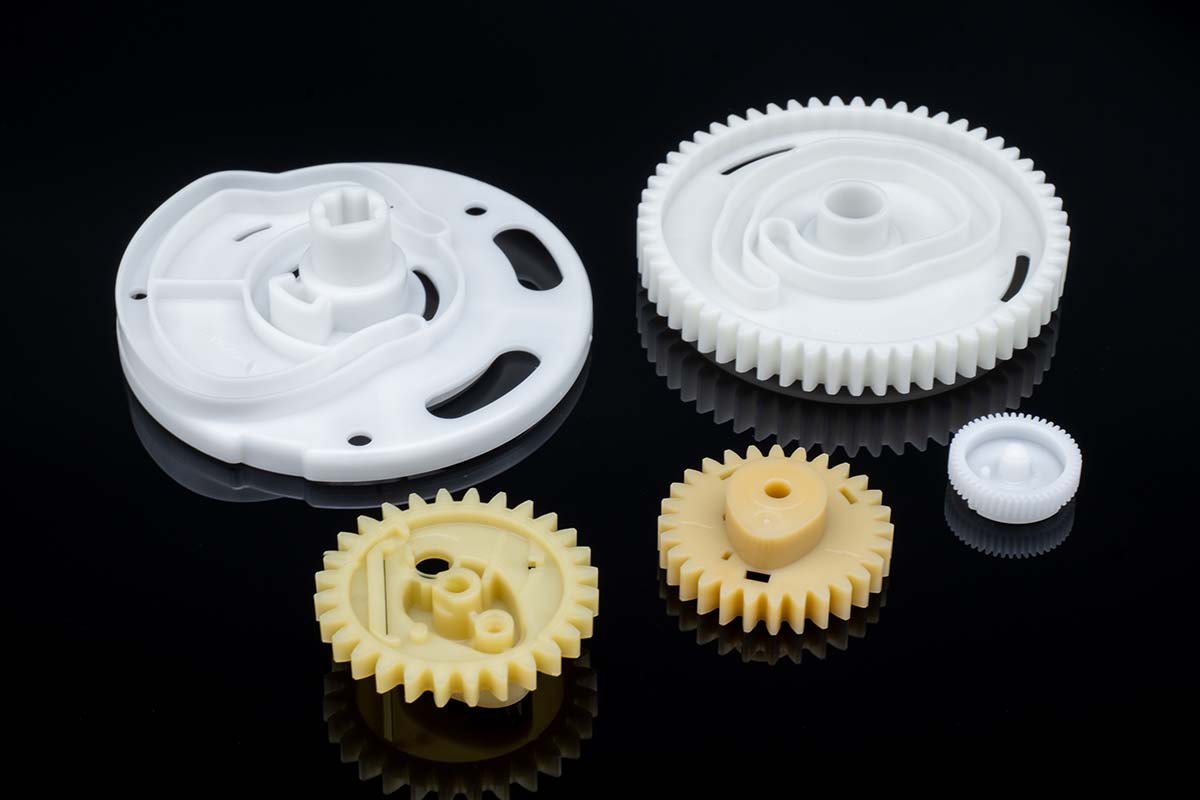 Plastic Molded Parts - Motion Control, Gears, Unscrewing